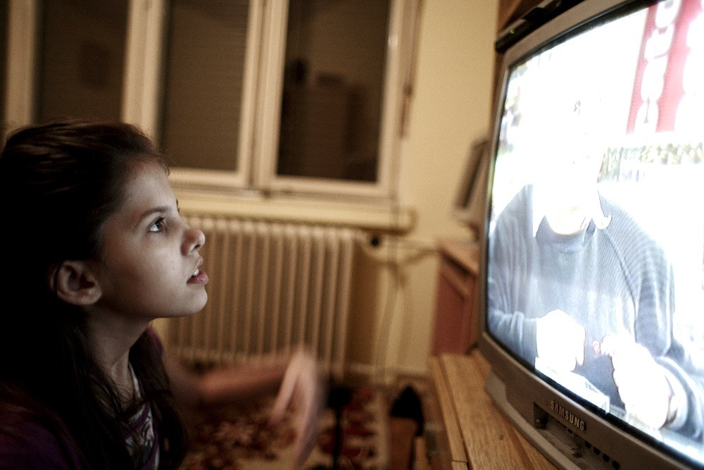 UNSUPERVISED TV WATCHING AMONG CHILDREN IS DECREASING