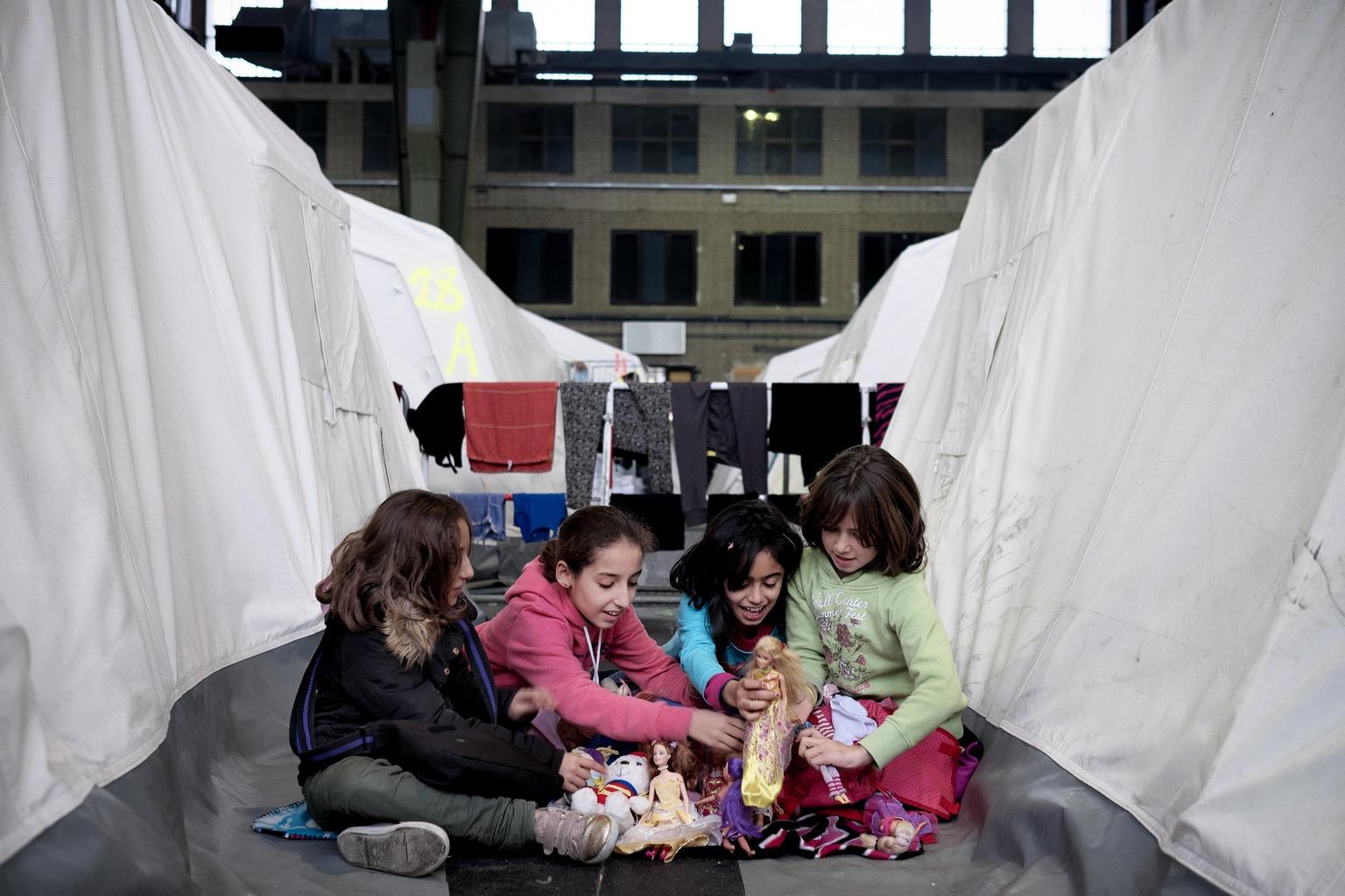 Njemačka vlada i UNICEF djeluju u korist djece izbjeglica i migranata u Njemačkoj