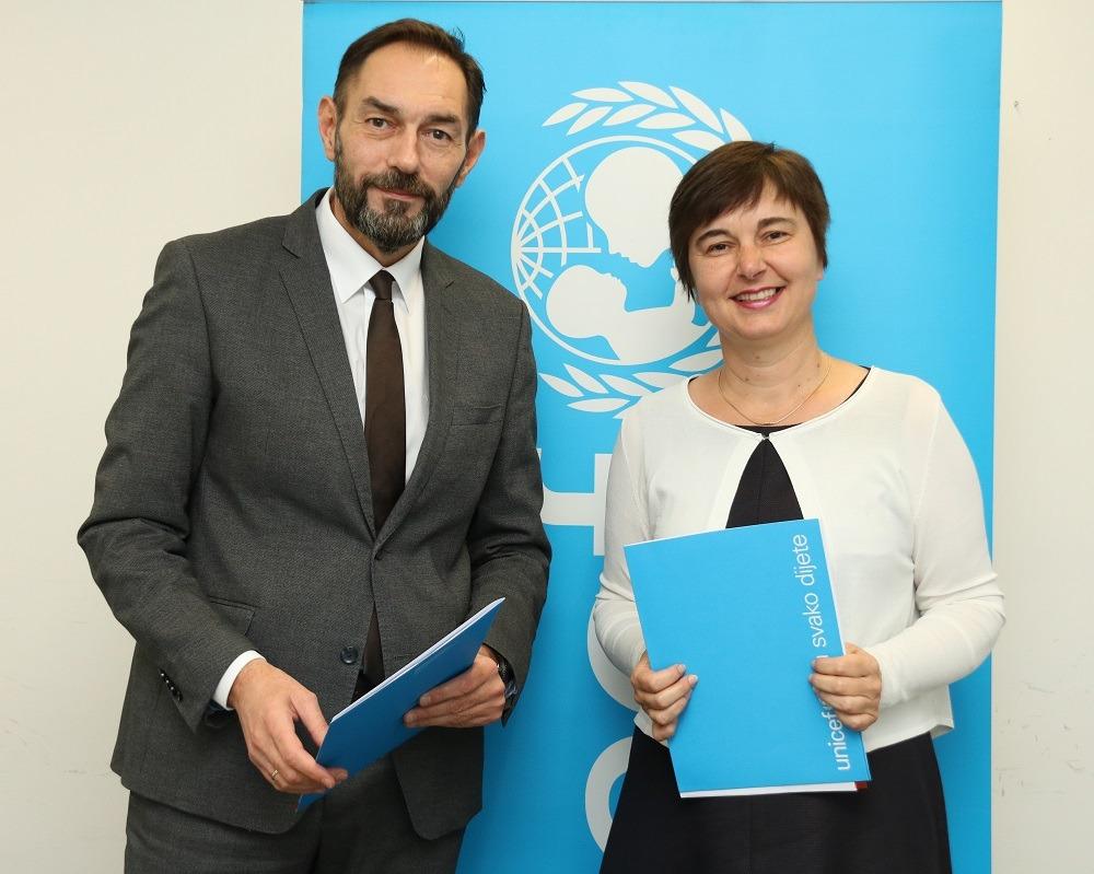 Dražen Jelenić, glavni državni odvjetnik Republike Hrvatske i Valentina Otmačić, predstojnica Ureda UNICEF-a za Hrvatsku